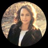 Michelle-CircleHeadshot